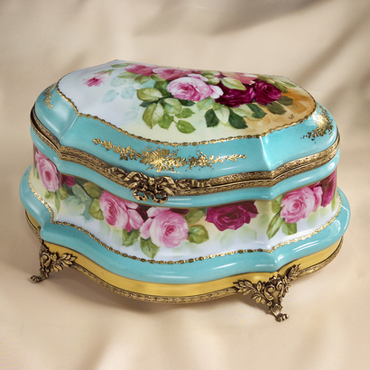 Limoges antique roses and gold treasure chest box